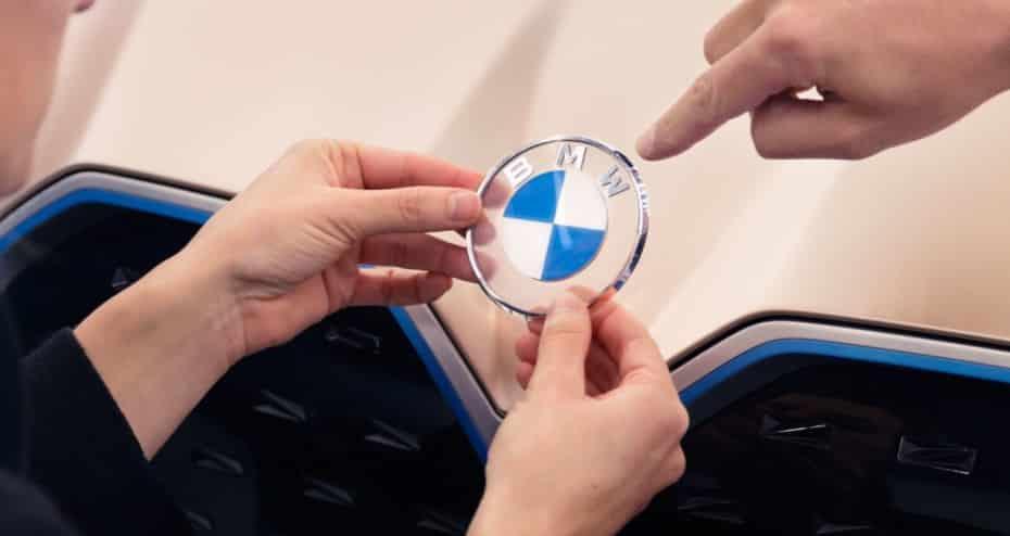 BMW concreta el uso de su nuevo logo: ¿Dónde se usará y cuándo llegará?