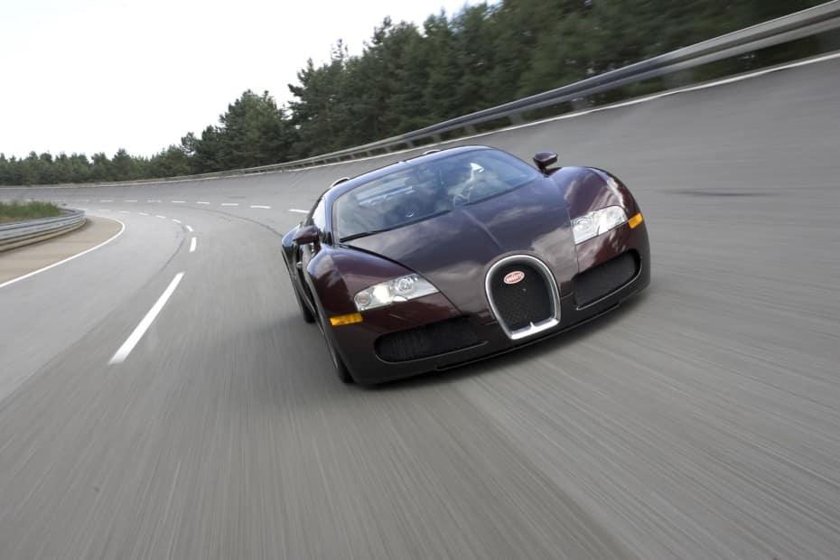 407 km/h: El récord de velocidad del Bugatti Veyron cumple 15 años…