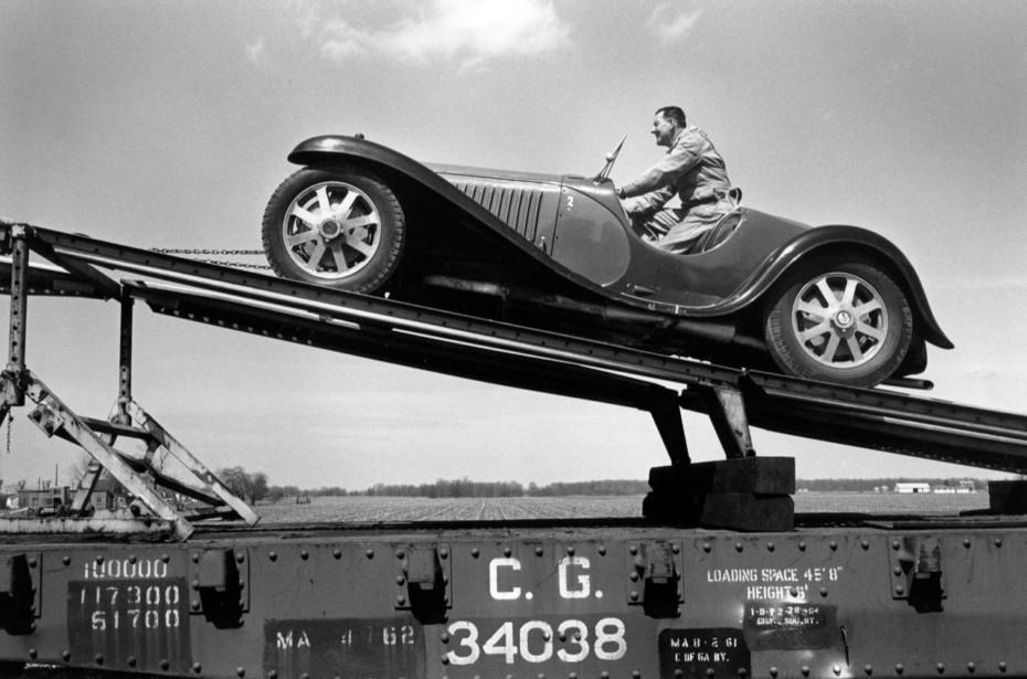 La curiosa historia de la creación de la mayor colección de Bugatti del mundo