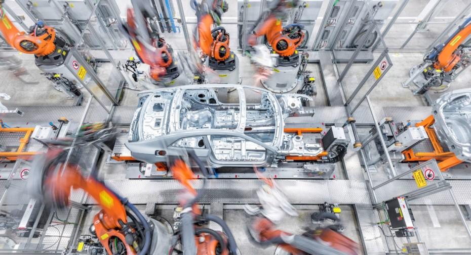Audi calienta motores y anuncia la reapertura de sus plantas