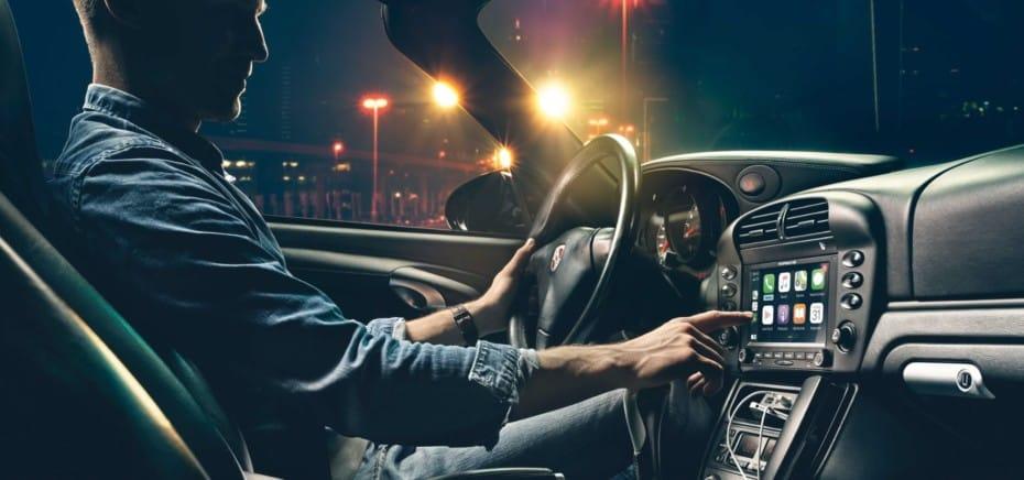 Android Auto y Apple Car Play en los «clásicos» y «youngtimer» de Porsche