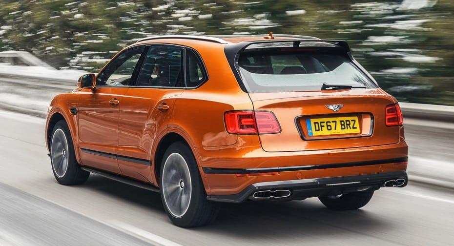 Bentley añade deportividad con fibra de carbono a la elegancia de los Continental y Bentayga