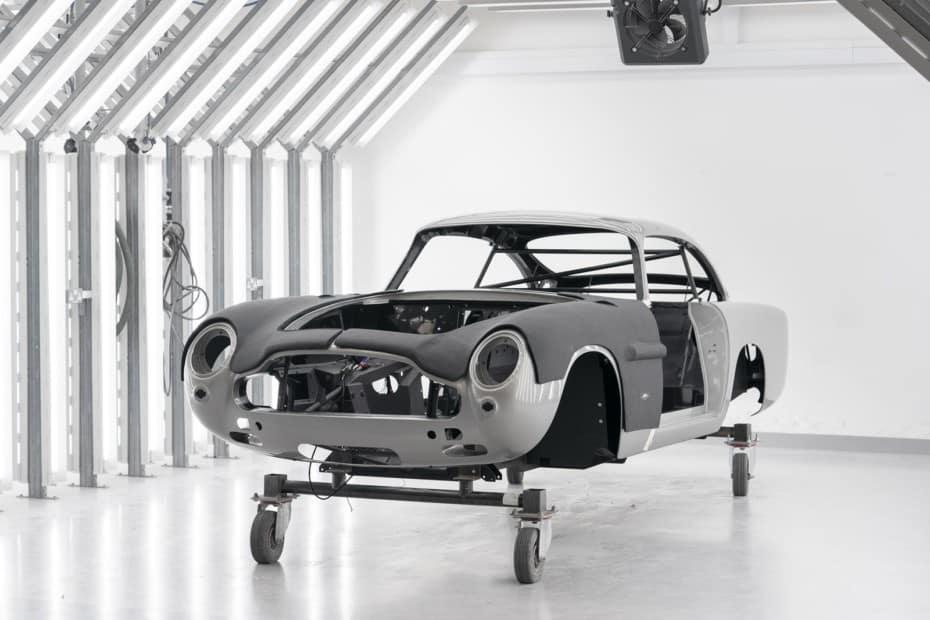Aston Martin DB5 Goldfinger Continuation: 25 unidades nuevas con los gadgets de 007
