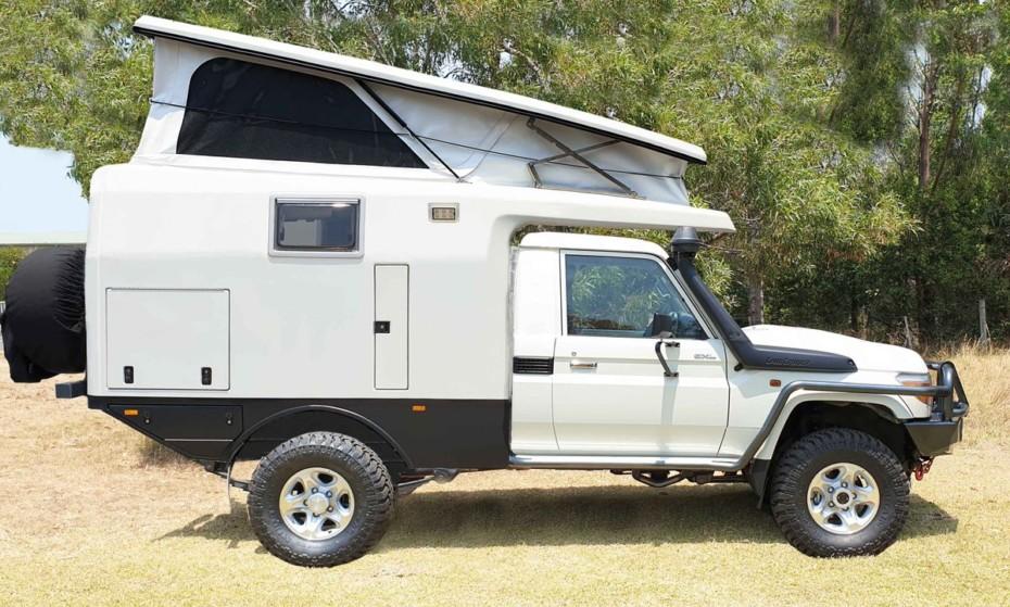 La camper más compacta de EarthCruiser toma como base el veterano Toyota Land Cruiser