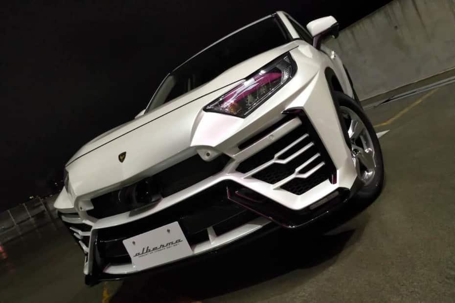 «Convertir» un Toyota RAV4 en un Lamborghini Urus es posible gracias a este kit de carrocería…