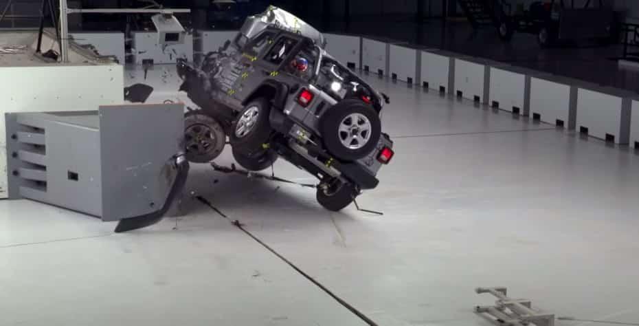 El Jeep Wrangler la lía en las pruebas de choque del IIHS
