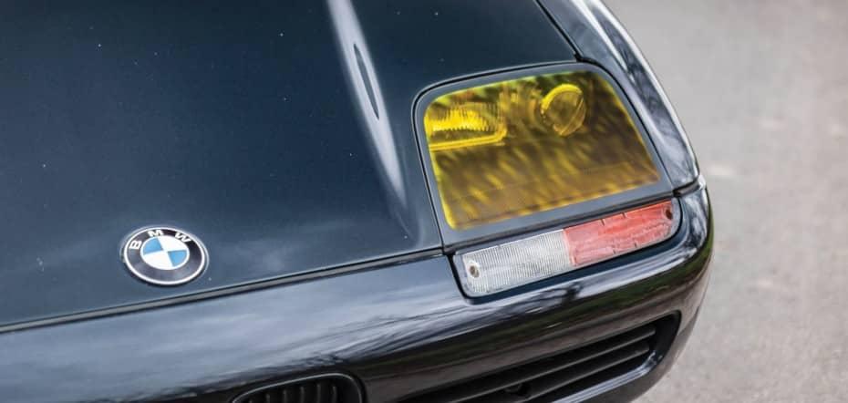 ¿Por qué se usaban los faros amarillos en los coches y por qué siguen usándose de forma limitada?