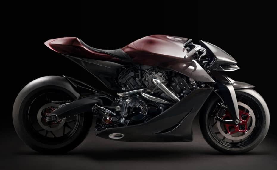 AMB 001, la moto de Aston Martin: turboalimentada, 180 CV, 180 Kg y lista para la acción