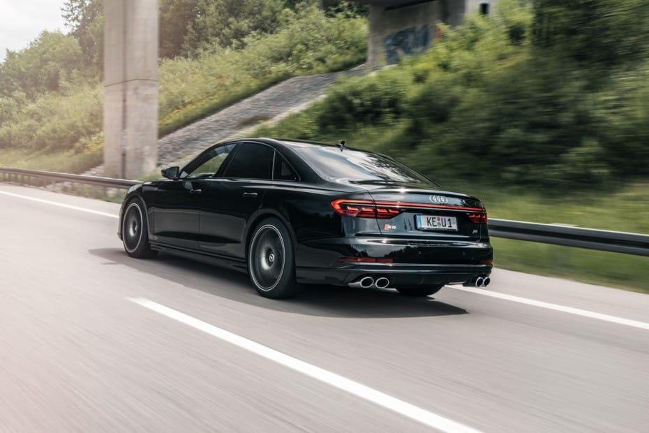 Y ahora el Audi S8 con 700 CV: 2.3 toneladas que cubren el 0 a 100 km/h en 3.4 segundos