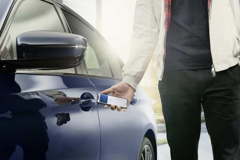 Llevar la llave de tu coche en el móvil o reloj inteligente: BMW da el paso