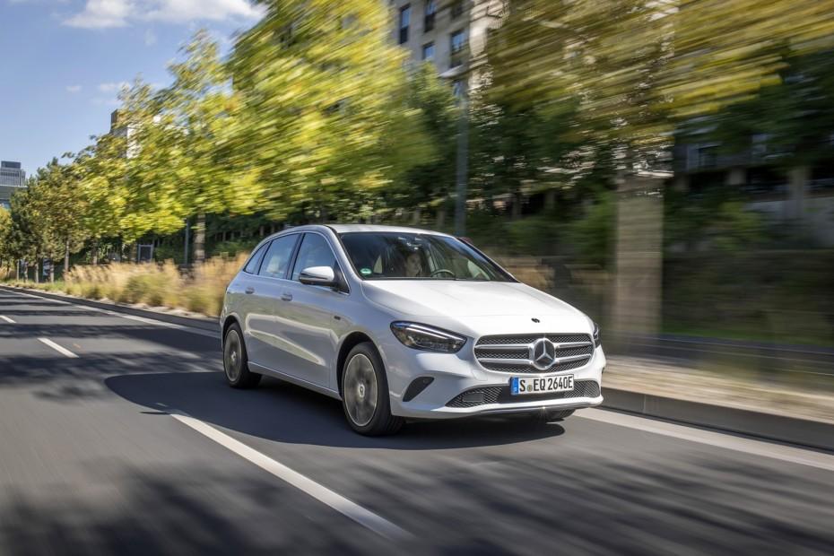 Ya está disponible el Mercedes-Benz B 250 e: La alternativa híbrida enchufable no es barata