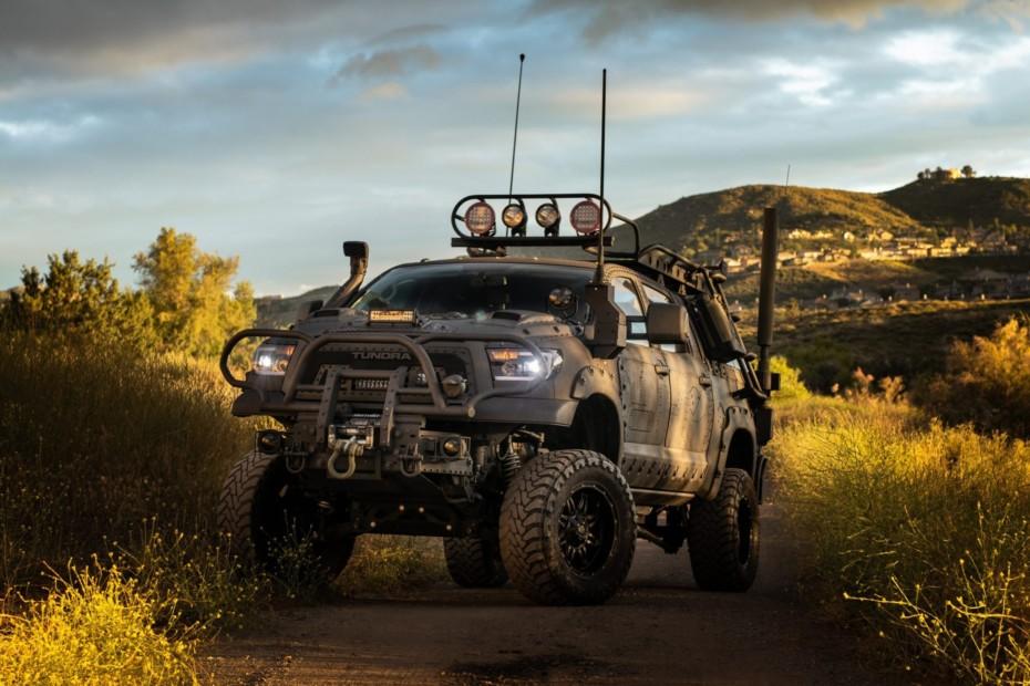 Si algún día los mayas aciertan con el fin del mundo, tú estarás a salvo en este Toyota Tundra
