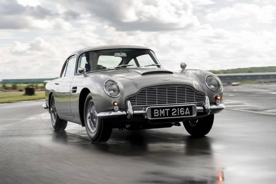 Así es el primer Aston Martin DB5 Goldfinger Continuation en 40 imágenes