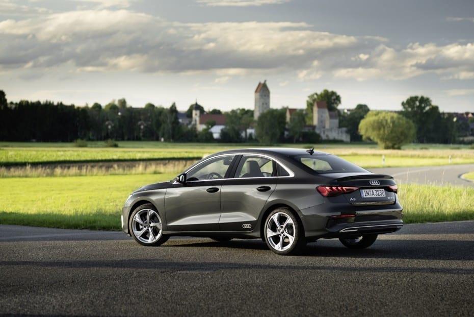 Nuevas imágenes del Audi A3 Sedán: El compacto, ahora más deportivo y atractivo