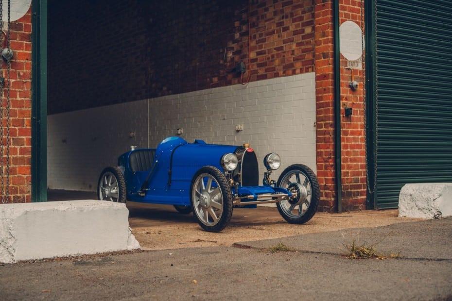 Se llama Bugatti Baby II y es un juguete aunque cuesta tanto como un Tesla Model3