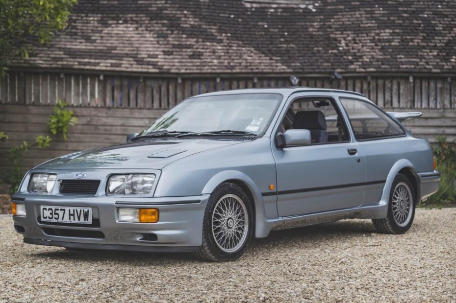 El Ford Sierra RS Cosworth más singular que puedas imaginar está a la venta