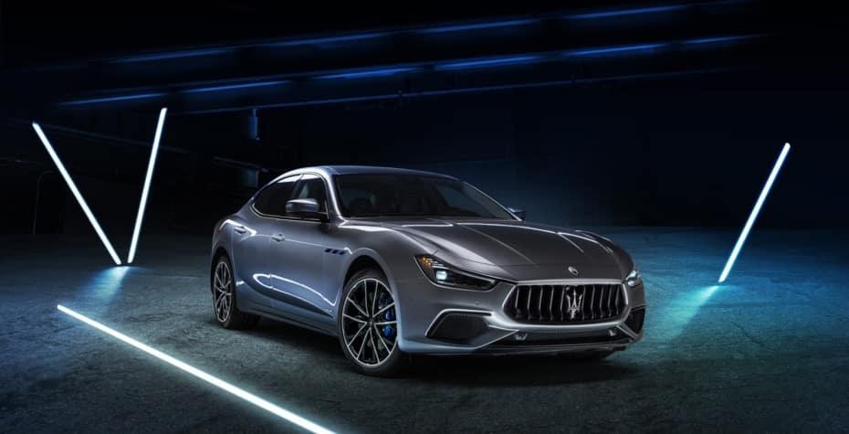 Maserati lanza el Ghibli Hybrid: Hibridación suave para mantener la esencia