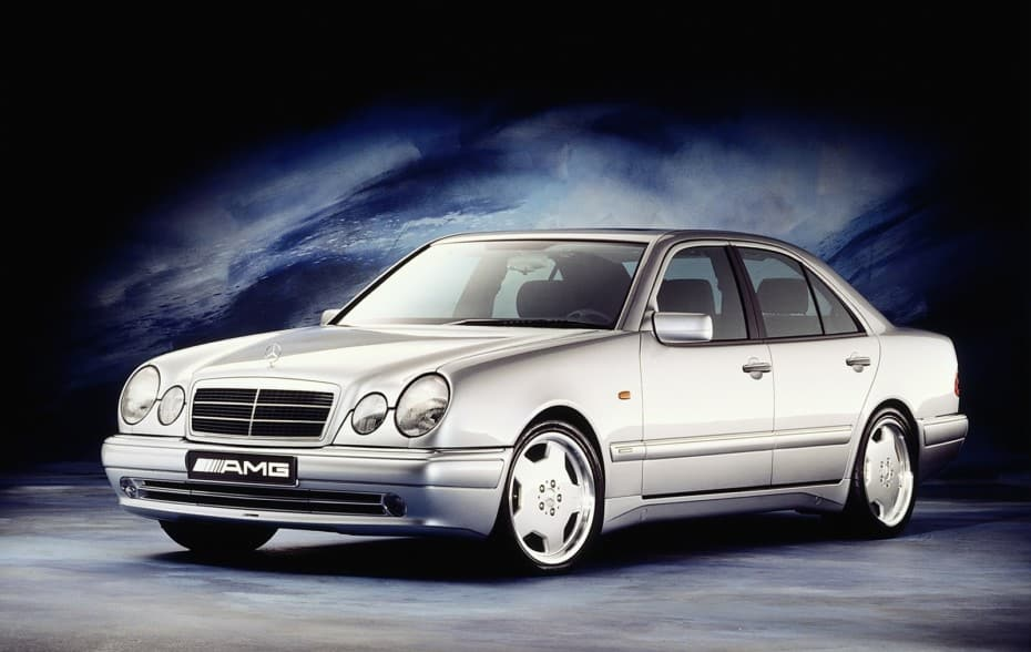 El Mercedes-Benz Clase E W210 cumple 25 años: «Uno de los duros»