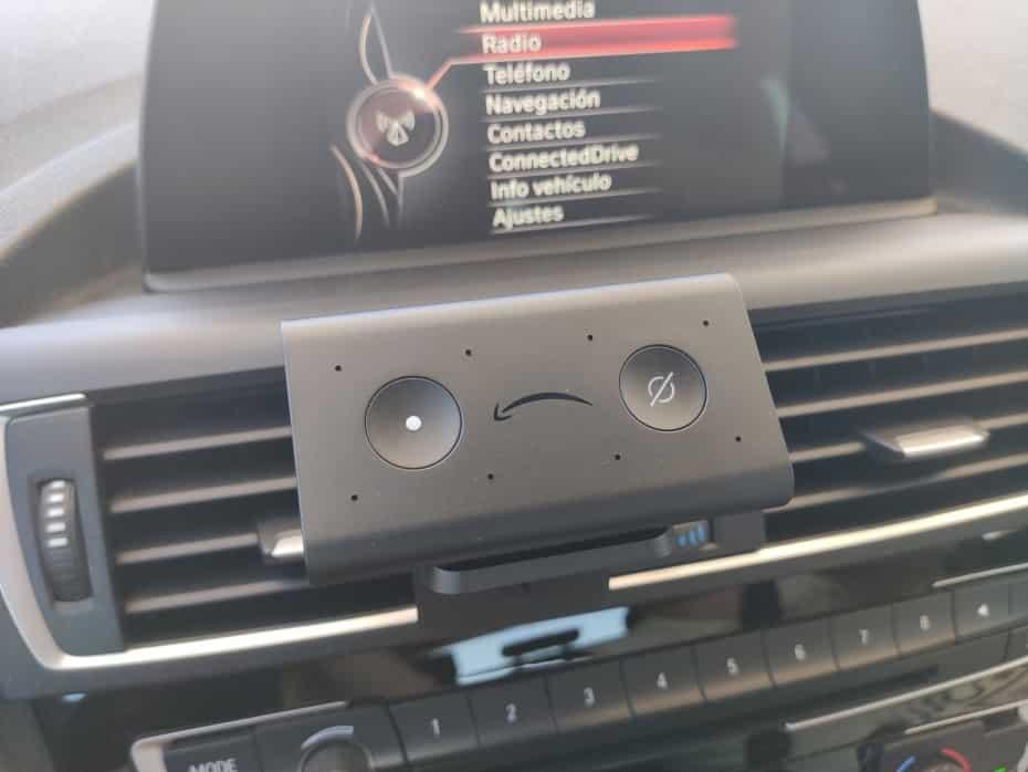 Probamos Amazon Echo Auto y dejamos entrar Alexa en nuestro coche