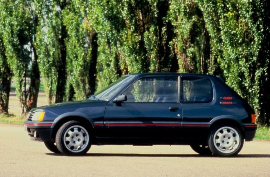 Peugeot 205 GTi Plus: La leyenda de los '90, un juguete como los que ya no hay