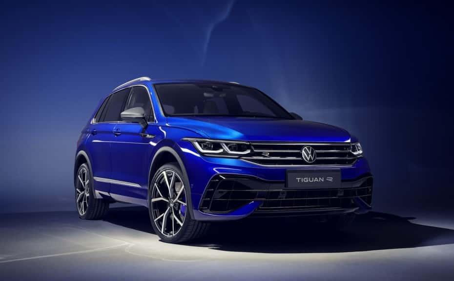 ¡Oficial! Volkswagen Tiguan 2020: Opción PHEV y un R con 320 CV y escapes Akrapovič