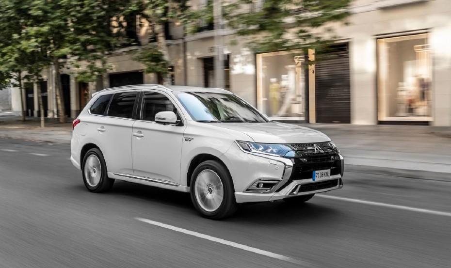 El Mitsubishi Outlander PHEV ahora desde 33.700 euros…