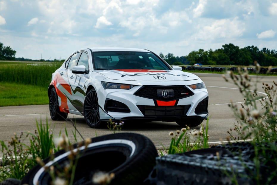 Así de prestacional es el nuevo Acura TLX Type S V6: Competirá en Pikes Peak