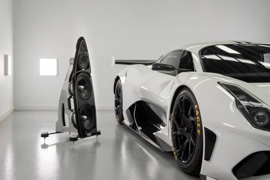 Cosas de millonarios: gastarse más de 200.000 euros en un sistema de sonido a juego con tu coche…