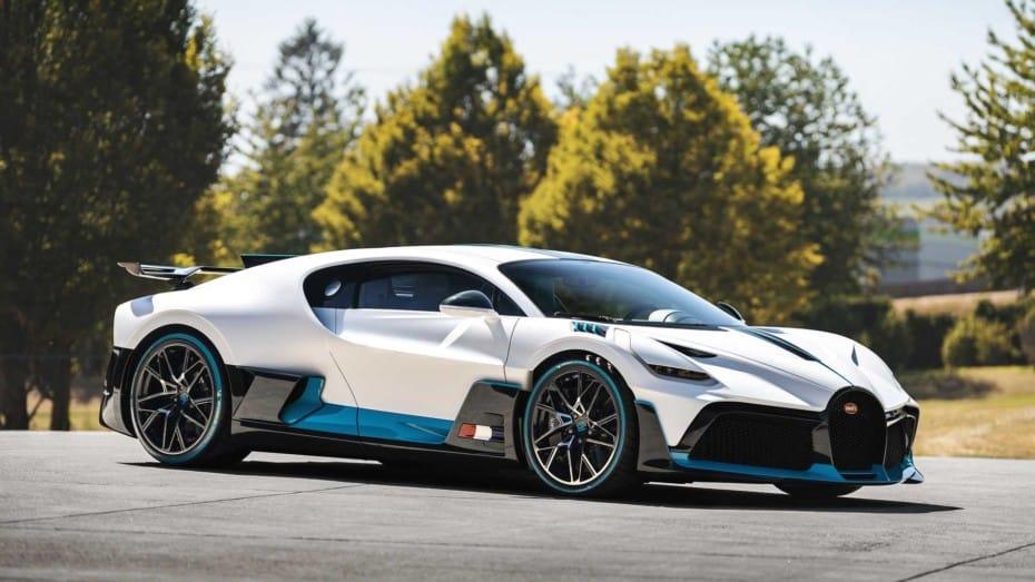 Dos años después, Bugatti comienza a entregar los primeros Divo: ¿Cuál es tu configuración favorita?