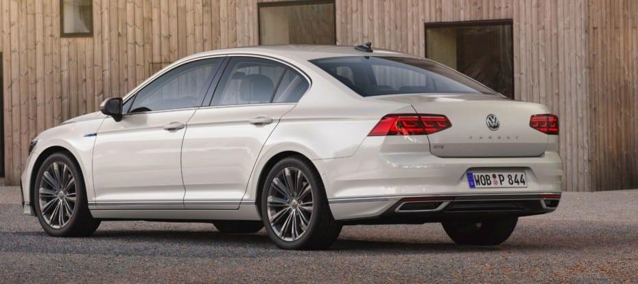 El Volkswagen Passat subirá un peldaño: será más lujoso sin llegar al segmento Phaeton