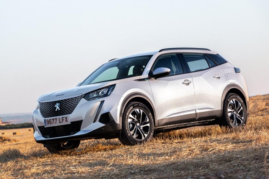 Ventas febrero 2021, España: Mal mes con el Peugeot 2008 líder y el batacazo del VW Golf