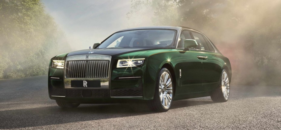 Rolls-Royce Ghost Extended: una bestia de 5,7 metros y más de 2500 kg de lujo