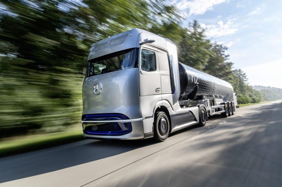 Mercedes-Benz GenH2. Adelanta su futuro camión alimentado con hidrógeno