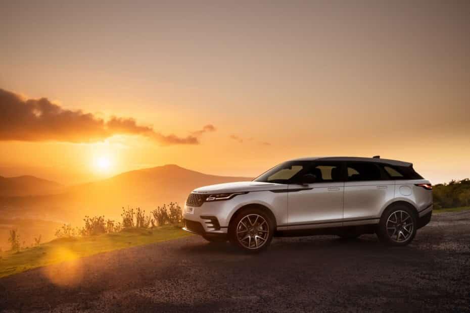 Así es el Range Rover Velar 2021: Novedades en el interior y mecánica híbrida enchufable