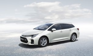 El Suzuki Swace llegará a Europa en invierno: un Toyota Corolla
