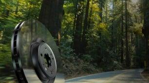 Brembo lanza unos discos de freno con efecto espejo: no se oxidan y se desgastan menos