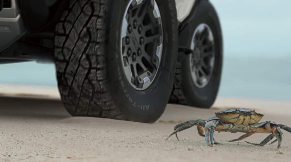Así es el «modo cangrejo» del Hummer EV: 1000 CV, 15591 Nm de par y maniobras en diagonal