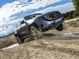 [Vídeo] El salvaje Mercedes-Benz EQC 4×4² se deja ver en acción: Poderío eléctrico fuera del asfalto