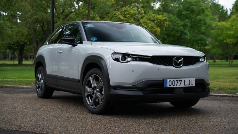 Prueba Mazda MX-30: ¿y si la marca vuelve a tener razón y los 200 km de autonomía son suficientes?