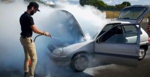 1 hora y 53 km sin aceite: ¿es el Citroën Saxo un