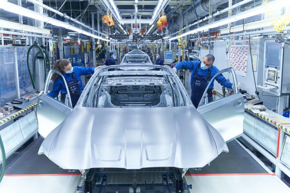 ¿Qué marca fabrica más coches por minuto? ¿Y qué país?: datos curiosos de la industria del automóvil