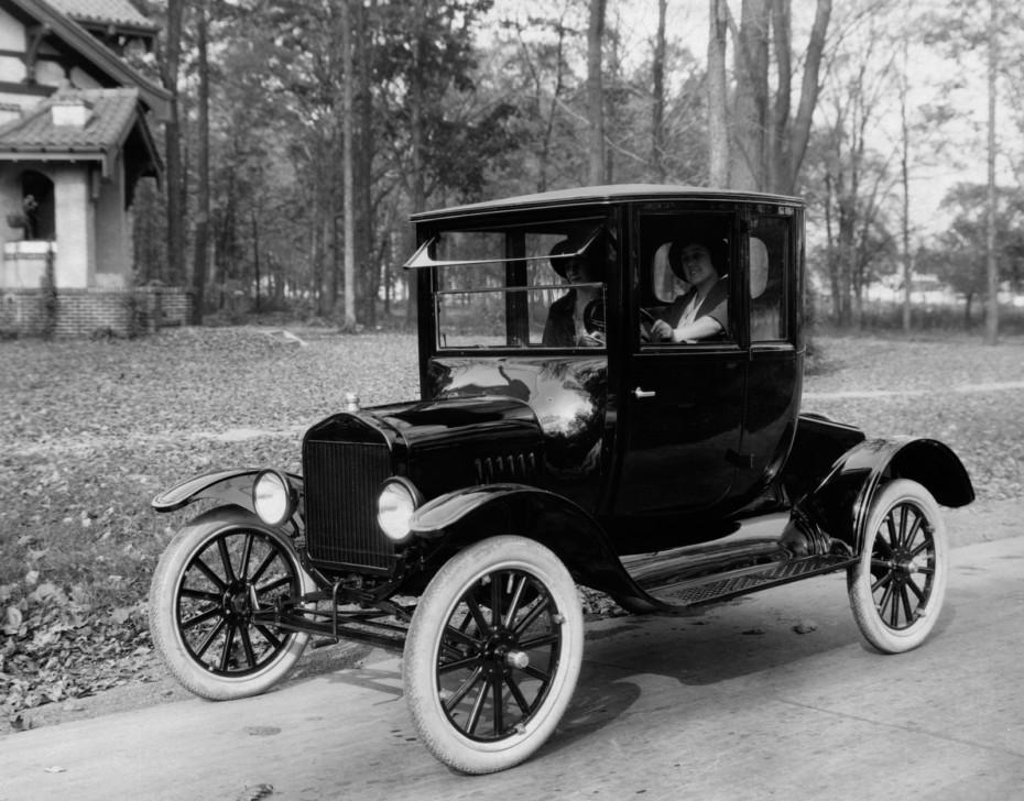¿Sabrías conducir un Ford T? Es muy probable que no…