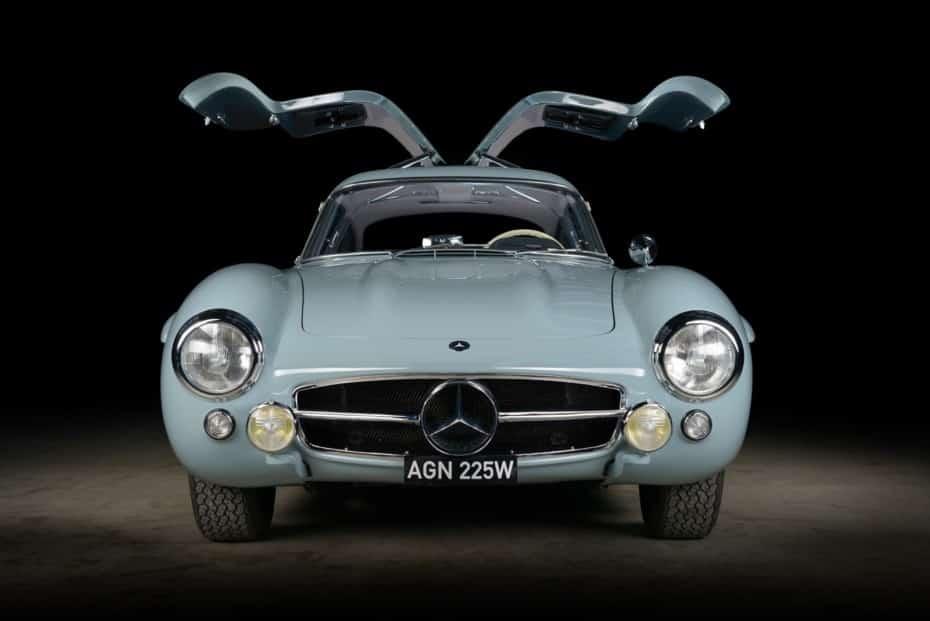 La restauración de este Mercedes 300SL ha sido épica