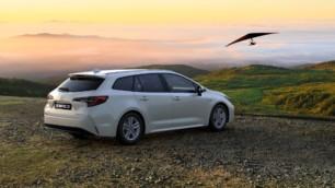 Jaque al Toyota Corolla; el Suzuki Swace llega con muy buenos precios
