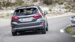 ¿Qué son el subviraje y el sobreviraje?: Cómo debes actuar si pierdes el control del coche