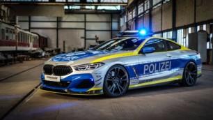 Este BMW M850i vestido de uniforme es casi tan potente como un BMW M8 Competition