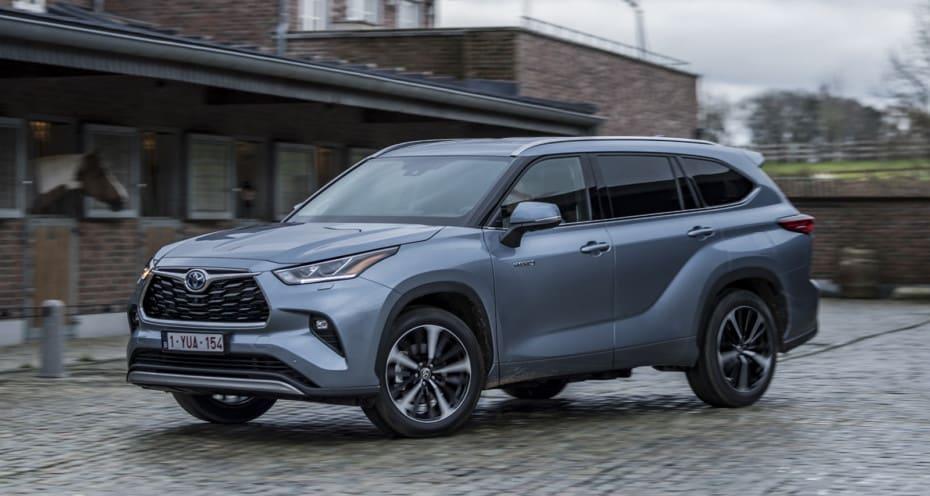 Ya a la venta el nuevo Toyota Highlander: Algo caro pero interesante