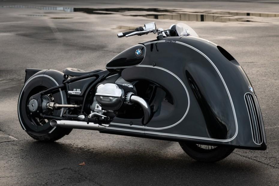 La gran parrilla de BMW llega a las motos con la exclusiva R 18 Spirit of Passion