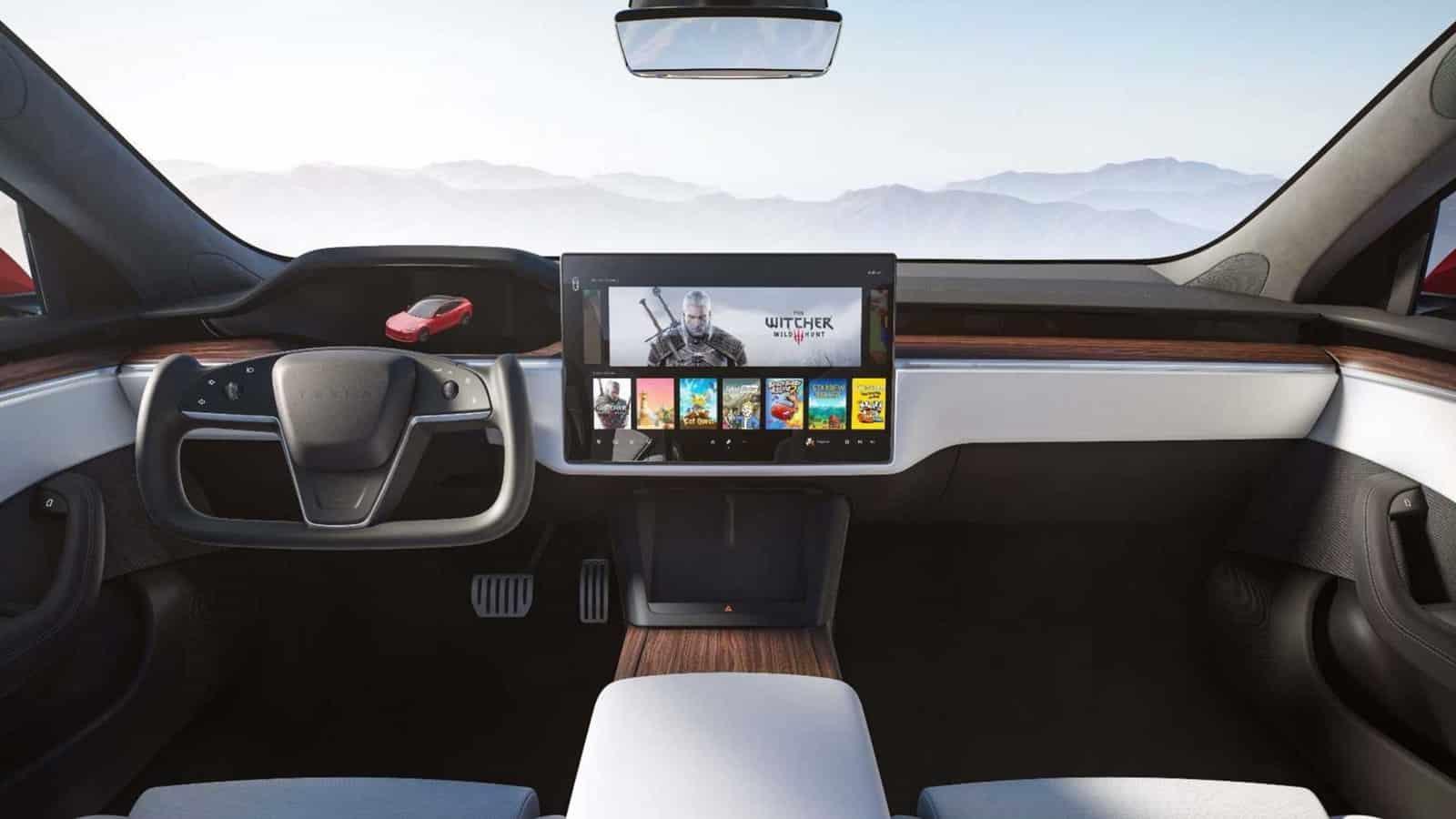 Tesla steering yoke
