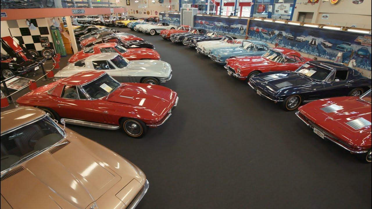 Museo subastará 200 autos clásicos para salvarse de la ruina